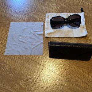 Gucci Sunglasses w/case and cloth